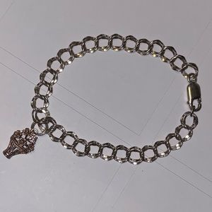 Sterling silver Bracelet with charm Basket Flowers